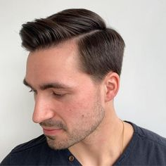 Latest Gentlemen Hairstyles 2020 Combover For Medium Length Hair Mens Haircuts Thick Hair, Top Hairstyles For Men, Undercut Hairstyles, Cool Haircuts, Haircuts For Men, Men's Haircuts, Side Part Pompadour, Pompadour Style, Medium Hair Cuts