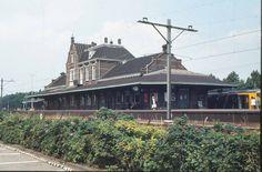 Oude Station van Maassluis - zo vaak hiervandaan vertrokken....
