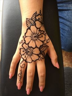 Flower Patterns Henna Designs for Eid