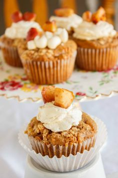 Apple Pie Cupcakes with a Crispy Topping!