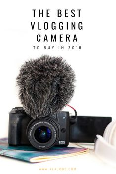 Looking for a cheap vlogging camera with flip screen? Here's why I chose my vlogging camera - and why I think it's a great vlogging camera for both new and experienced vloggers. Best Vlogging Camera, Vlog Camera, Camera With Flip Screen, Best Camera For Photography, Photography Lessons, Camera Deals, Canned Heat, Best Cameras For Beginners, Good And Cheap