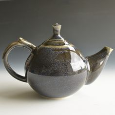 Handthrown Porcelain Clay Teapot For Three Cups by Kleiwerk on Gourmly