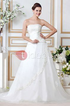 A-ラインストレート袖無チャペルトレーンアップリケウェディングドレス