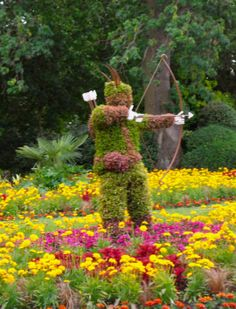 Robin Hood Topiary, Nottingham Castle, Nottingham UK