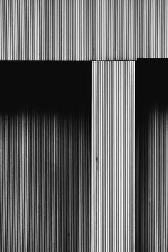 ||||| || Facade_wood stripes.
