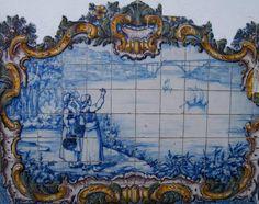 VINDIMEIRAS, BARCOS RABELO E PONTE DONA MARIA PIA - Painel de azulejos da frontaria da Estação da CP de São Mamede de Infesta.