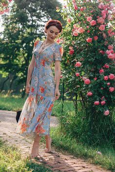 Midi floral dress that I adore <3 www.andreeabalaban.ro