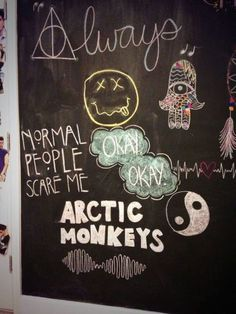 IM GETTING MY CHALKBOARD WALL AND DOING THIS