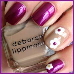 Daisy mani | See more nail designs at http://www.nailsss.com/nail-styles-2014/