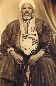 Ibrāhīm Niass (1900-1975) (Visita il nostro sito templedusavoir.org) Sufi Africano