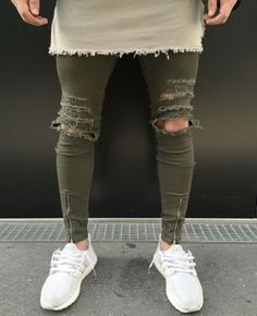 Khaki Destroyed Jeans with silver Zipper