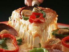 طعام ايطالى: طريقة عمل بيتزا خضروات بالخطوات