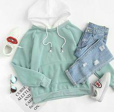 i want the hoodie!!