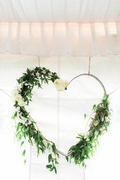 Garland heart decor: http://www.stylemepretty.com/california-weddings/2015/03/13/rustic-meets-romantic-lake-tahoe-wedding/ | Photography: Ashley Steeby - http://www.ashleysteeby.com/
