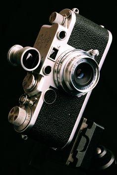 Canon Serenar with Leica IIf body Old Cameras, Vintage Cameras, Leica Photography, Digital Photography, Leica Camera, Film Camera, Canon 35mm, Nikon, F35