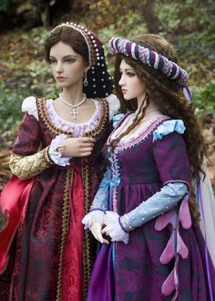 Carina and Hazy. Renaissance fashions and photography by Martha Boers at  Antique Lilac web site ... antiquelilac.com. Meticulous detail and beautiful photographs on her web site.