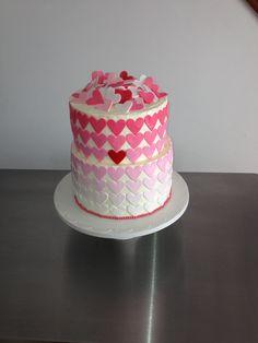 Love cake Love Cake, Toilet Paper, Home Decor, Homemade Home Decor, Decoration Home, Toilet Paper Rolls, Interior Decorating