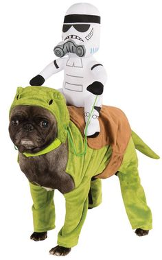 WHERE DO I GET THIS??????????? Star Wars Pug to the rescue! I Loved it .... loved it! #Pug #StarWars #Stormtrooper
