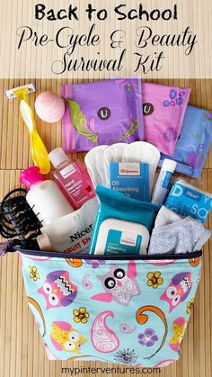 Back to School Teen Pre-Cycle & Beauty Survival Kit - Make sure your teen girl is ready for her first period by making a back to school teen pre-cylcle & beauty survival kit. List of what to include in her first kit. {ad} Back to School tips Emergency Kit For Girls, Emergency Kits, Back To School Emergency Kit, Schul Survival Kits, Survival Items, Period Hacks, Period Tips, School Kit, School Lockers