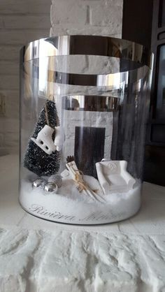 Dubbele hurricane 2015 Rivera Maison, Winter Decorations, Interior Ideas, Christmas Time, Snow Globes, Fall Winter, Holidays, Flowers, Home Decor