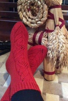 Crochet Socks, Knitting Socks, One Color, Colour, Leg Warmers, Handle, Diy, Tutorials, Knit Socks