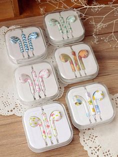 earphones colorful decorative decoration style cool lovely girly pink earphones flowers print animal print rosy pink zick zack