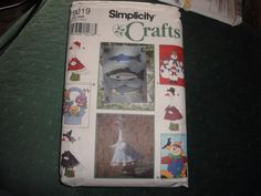 Simplicity 9019 Sewing Pattern Lawn GOOSE Geese Bird CLOTHES Yard FLAGS UNCUT