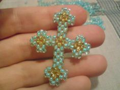 A cross in a car   Ladies, March 8! biser.info - all about beads and bead work