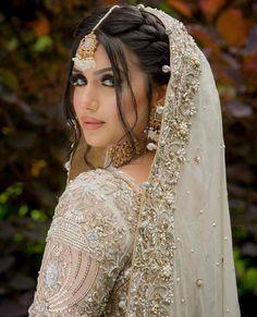 Asian Bridal Dresses, Asian Wedding Dress, Pakistani Wedding Outfits, Indian Bridal Outfits, Pakistani Wedding Dresses, Pakistani Bridal Hairstyles, Pakistani Bridal Makeup, Bridal Hair Buns, Bridal Hair And Makeup