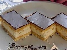 See related links to what you are looking for. Hungarian Cake, Hungarian Recipes, No Bake Desserts, Easy Desserts, My Recipes, Cooking Recipes, Romanian Food, Cake Bars, Winter Food