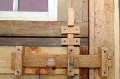 Detail of door latch in Peter Brooks's reconstructed English barn on Thursday Aug. 2013 in Malta, N. Farrell/Times Union) Photo: Michael P. Wooden Door Knobs, Wooden Hinges, Wooden Barn Doors, Wooden Gates, Rustic Doors, Barn Door Latch, Gate Latch, Door Latches, Wood Projects