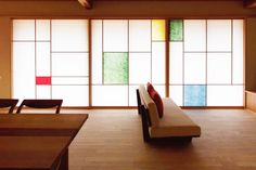 Add Oriental Style to Your Home with a Japanese Shoji Window Screen Japan Interior, Cafe Interior, Interior Design, Japan Room, Living Room Decor, Living Spaces, Tatami, Interior Architecture, House Design
