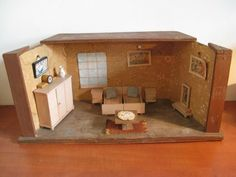 For sale: vintage dollhouse bedroom with attributes . Vintage Dollhouse, Dollhouse Kits, Wooden Dollhouse, Wooden Dolls, Dollhouse Furniture, Vintage Dolls, Dollhouse Miniatures, Vintage Pottery, Vintage Wood