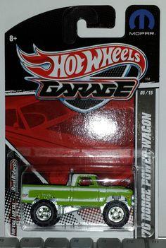 2011 Hot Wheels Garage 05/15 '70 Dodge Power Wagon !!! Matchbox Autos, Matchbox Cars, Car Costume, Hot Wheels Treasure Hunt, Dodge Power Wagon, Mopar, Scale Models, Diecast, Garage