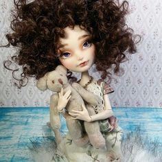 Ever After High doll custom #Carmazin #dollstagram #doll #custom #eahdolls #applewhite #ooakdoll #ooak #customs #repaint #repainteddoll #pastel