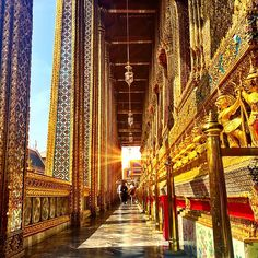 The hallways of the Grand Palace, Bangkok, Thailand