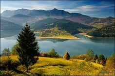 Mountain Spring Lake, also known as Bicaz Lake. Romania Photo by Mihai-Ian Nedelcu. Beautiful Sites, The Beautiful Country, Beautiful Places To Visit, Places To See, Beautiful Scenery, Beautiful Things, Places Around The World, Around The Worlds, Visit Romania