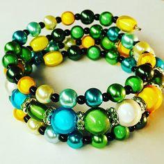 "42 Likes, 7 Comments - Skylarbloom jewellery (@skylarbloomjewellery) on Instagram: ""My new make.  #miraclebeads #memorywirebracelet #memorywire #armcandy #cute #cornwall #madeinkernow…"""