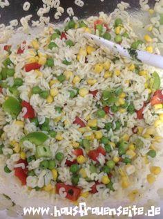 Konfettisalat - Nudelsalat mit kleinen Sternchennudeln oder Buchstabennudeln unser Konfettisalat ist ein sehr leckerer Salat für z.B. die Grillsaison vegetarisch vegan