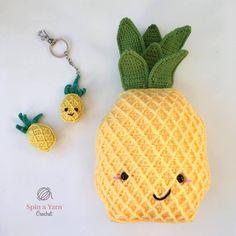 https://spinayarncrochet.com/pineapple-keychain-free-crochet-pattern/