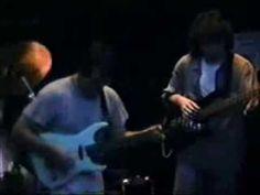 Sherlock Gomes - Daril ParisiIsso sim é tocar guitarra, isto é, é ser um guitarrista. Amigo de infância meu, amigo de meu Pai Tavinho, também guitarrista, e irmão em todos os sentidos, é uma das melhores criaturas que Deus criou e colocou no meu caminho, no caminho de minha família....Ouçam e Vejam... Nós estamos todas as semanas juntos... O que vemos e ouvimos hoje não posso chamar de música, chamo de algo que tem som e talvez harmonia...