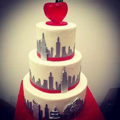 New York Skyline Roses Wedding Cake Butterfly Bake Shop in New