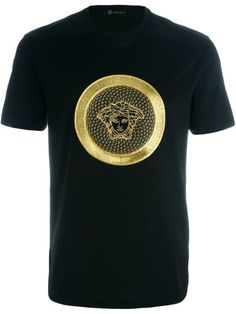 Versace embroidered Medusa T-shirt Versace T-shirt, Versace Suits, Shirt Maker, Personalized T Shirts, My T Shirt, Mens Clothing Styles, Shirt Outfit, Designer, Shirt Designs