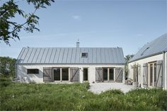 Homes Archives - Trendenser Building Exterior, Building A House, Beddinge, Scandinavian Cottage, Art Mur, Country Home Exteriors, Shed Homes, Parasol, New Home Designs