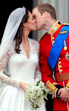 Happy One-Year Wedding Anniversary, Will and Kate!