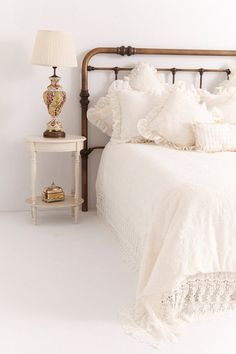 FRENCH COUNTRY INSPIRED COMFORTER COVER  REVERSIBLE FOR TWO GREAT LOOKS EMBROIDERED LINEN-LIKE FABRIC AND IVORY CREPE SATIN  BEAUTIFUL BEDDING
