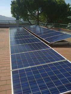Impianto residenziale ad ANCONA da 5,00 kWp su tetto piano - 19 moduli Q-CELLS in SILICIO POLICRISTALLINO da 265 Wp - UTILIZZO di OTTIMIZZATORI di POTENZA (SOLAREDGE)