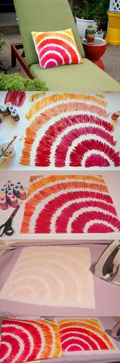 Cómo crear un estampado de colores en un cojín