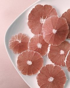 Grapefruit and pale pale pink tones. - Food - Grapefruit and pale pale pink tones… - Webdesign Layouts, Peach Aesthetic, Aesthetic Pastel, Aesthetic Grunge, Aesthetic Roses, Aesthetic Pictures, Aesthetic Clothes, Pink Tone, Blush Roses