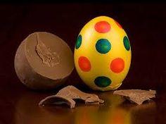 Polka dot choc egg in real eggshell from gut Springenheide Germany